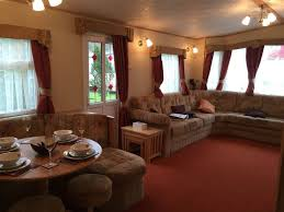 spacious 3 bedroom luxury caravan for hire at tummel valley