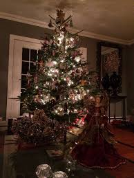 Christmas Decoration In Home Whether In Studio Or At Home Espn Celebrates The Holidays Espn