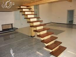 aufgesattelte treppen in handwerklicher tradition hergestellte holztreppen und geländer