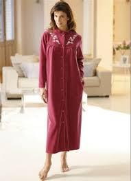 robe de chambre grande taille femme les robes de chambre chaudes en grande taille loin d être ringardes
