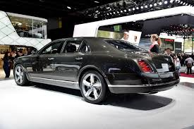 new bentley sedan bentley mulsanne speed proves 2 7 tonnes of luxury can move really