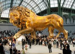 gold lion statues fashion fragments things i right now