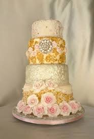 wedding cake online fashion inspired wedding cake beautiful bracelet billibi i found