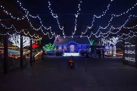 companies that put up christmas lights tips for putting up christmas lights on your roof http