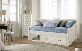Daybed With Drawers Likable Wood Daybed With Trundle Tags Daybed Prices Daybed With