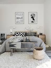 Wandfarbe Schlafzimmer Graues Bett Wandfarbe Beiges Bett Droidsure Com