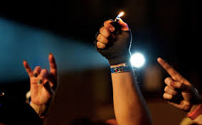 How To Light A Cigarette Without Lighter History Of The Lighter At Concerts Beat