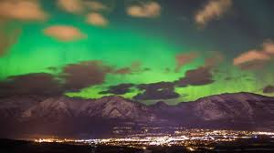 northern lights the canadian rockies