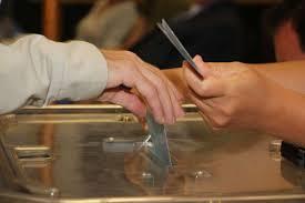heure de fermeture des bureaux de vote une participation sous les 50 à une heure de la fermeture des