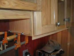 cabinet base molding i absolutely love how they turned out i must how to install kitchen cabinet base molding