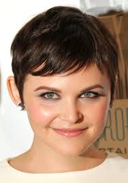 female short haircuts style and color for woman
