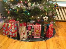 24 advent urous days of christmas thrifty minded mama