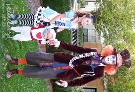 Halloween Costumes Alice Wonderland Nikkiikkin Wonderland Family 4 Halloween Costumes