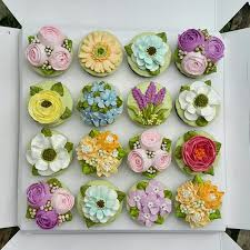 97 best buttercream flowers images on pinterest buttercream