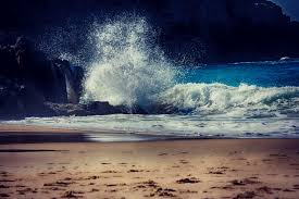 crashing wave alexandria beach noosa queensland australia