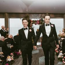 jim parsons has just married partner todd spiewak in new york and