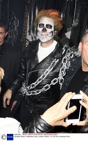 ross halloween costume nick grimshaw is terrifying as rita ora at ross halloween party