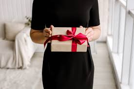 Wedding Gift Edicate Wedding Gift Etiquette 101 Everything You Need To Know Easy