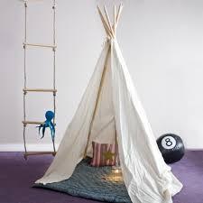 tente chambre garcon décoration tipi pour chambre d enfant décoration