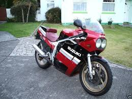 Suzuki 750 F Suzuki Motorbikespecs Net Motorcycle Specification Database