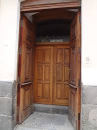 Carved Exterior Doors File Calle Manabí Quito Carved Exterior Doors Centro