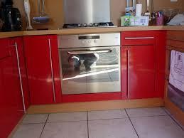 repeindre meuble cuisine mélaminé repeindre porte cuisine peinture marron glac au mur peinture