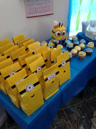 minion gift bags planning a party with your minions 10 adorable diy crafts