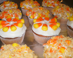 10 candy corn cupcakes for halloween plus bonus candy corn cake pops