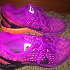 Sepatu Nike Running Wanita sepatu nike running zoom warna ungu harga nego waktu beli 1 7 dijual