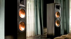 Klipsch Rb 41 Ii Bookshelf Speakers Loud Speakers For Those Who Like To Rock Out Cnet