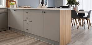 how to paint kitchen cabinets bunnings how to paint laminate kitchen cabinets bunnings australia