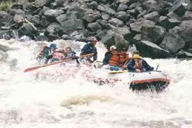 paddling the taos box rafting on new mexico u0027s rio grande river