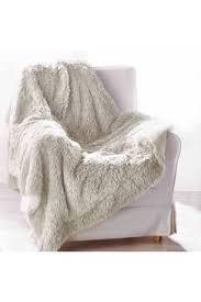 plaid canapé plaid de canapé pas cher plaid polaire fourrure
