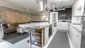 papier peint pour cuisine blanche papier peint brique pour un salon de style industriel