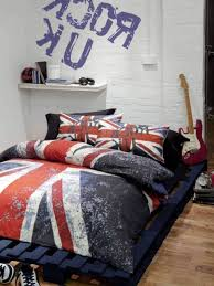 Cool Teenage Rooms Inspirations Including Funky Picture Simple
