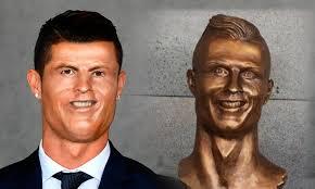 Memes De Cristiano Ronaldo - los memes se burlan de cristiano ronaldo y su deforme escultura