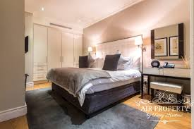 1 bedroom apartment 318 royale