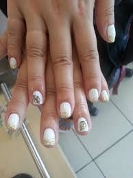 white gel color with feather design feather like new gel