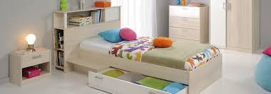 chambre rangement comment créer des rangements dans une chambre d enfant cdiscount
