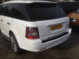 white wrapped range rover kestrel graphics