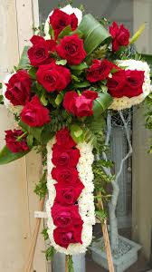 funeral flowers delivery cfm gives tips to buy cheap funeral flowers in la s flower district