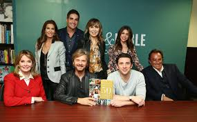 Barnes Noble 5th Ave Kate Mansi Photos Photos U0027days Of Our Lives U0027 Book Signing