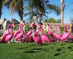 pink flamingo lawn ornaments yard flamingos plastic flamingos lawn flamingos flamingo