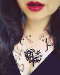 make tattoo necklace images Black chandelier tattoo necklace how to make a shrink plastic jpg