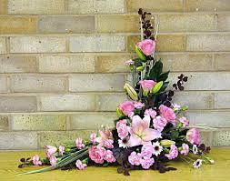 church flower arrangements flower arranging by chrissie harten design 152