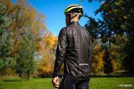 gore waterproof cycling jacket gore tex shakedry shootout who makes the best waterproof cycling