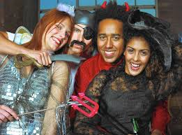 looking for love at a halloween party chicago tribune