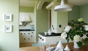 peinture verte cuisine awesome faience verte salle de bain 14 de quelle couleur peindre