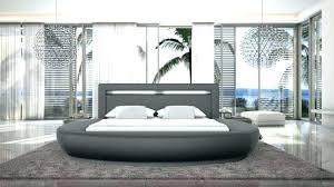 chambre avec lit rond chambre a coucher avec lit rond lit rond design anator chambre a