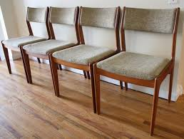 Mid Century Modern Dining Room Furniture by Mid Century Modern Dining Table And Chairs Stunning Dining